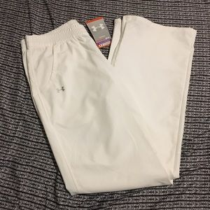 Under Amour woman's joggers